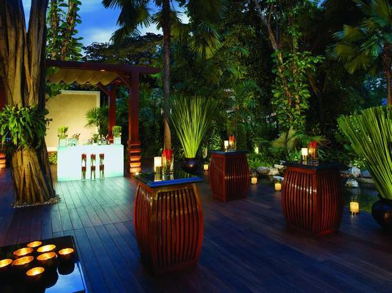 [新聞] 遊走曼谷:城市花園 浪漫滿屋